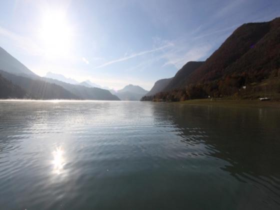 Camping à vendre en rhône Alpes, bords de lac