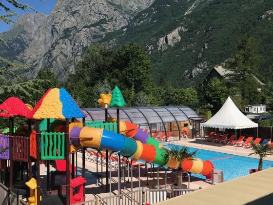 Beau camping à vendre en Rhône Alpes sur spot touristique