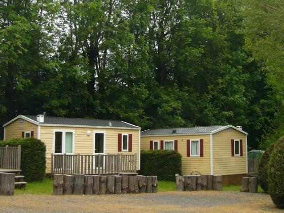 En Auvergne, ce camping dans un village est à vendre